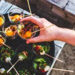 Vynikající pití, chutné jídlo a ideální prostor pro Vaši party 🥂